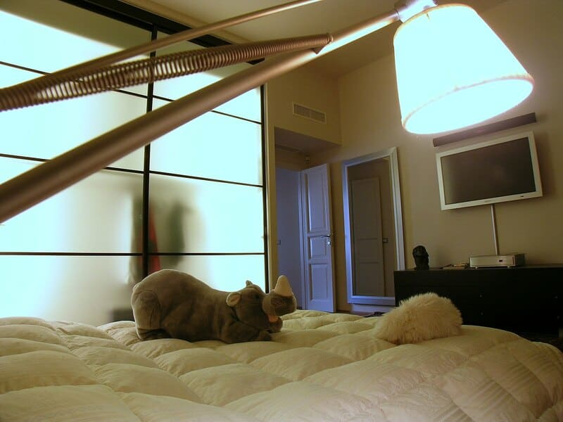 camera padronale cabina armadio ante scorrevoli rimadesio lampada design super archimoon