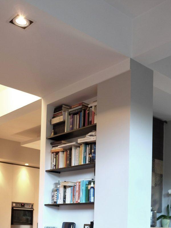 progetto casa e giardino parete libreria separa taglio controsoffitto